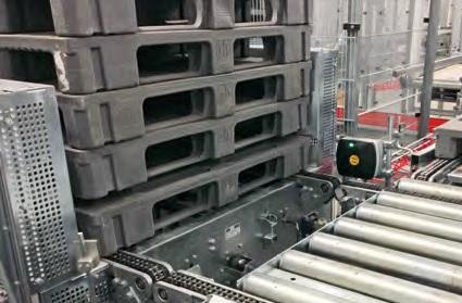 Palety-dostarczane-są-z-fabryki-z-etykietami-UHF